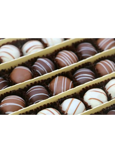Jewel dates paste with biscuits dipped in chocolate, 1kg pack