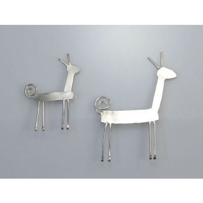 Deer hand made silver brooch